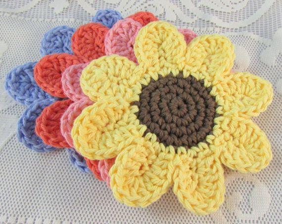Free Crochet Daisy Coaster Pattern : Pretty Daisy crocheted coasters set of four handmade pink ...