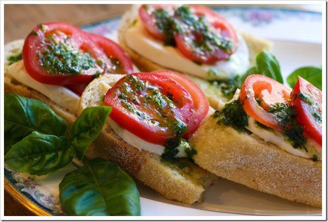 Open Faced Tomato & Mozzarella Sandwich | Appetizers | Pinterest