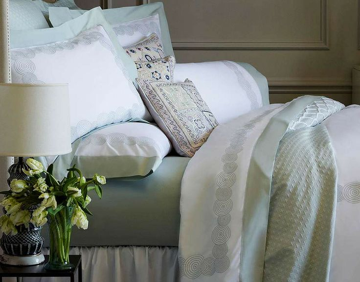 The embellishment of the contrast cuffs on the crisp white lawn is much like the final polish a flawless set of cufflinks will add to a dress shirt, making this bedding perfect for a best-dressed bedroom.
