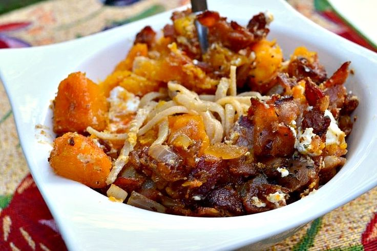 Squash, bacon, and goat cheese pasta.....sounds strange enough to try ...