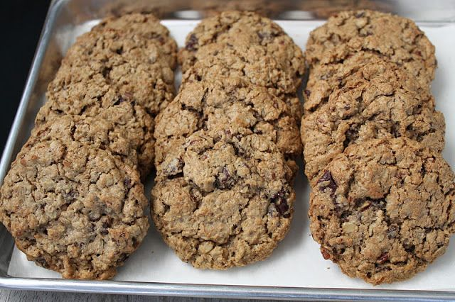 Flourless Chocolate Pecan Oatmeal Cookies | The Little Epicurean