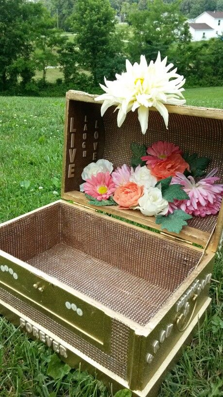 Wedding Gift Box Pinterest : Gift card box. Wedding flowers DIY Pinterest