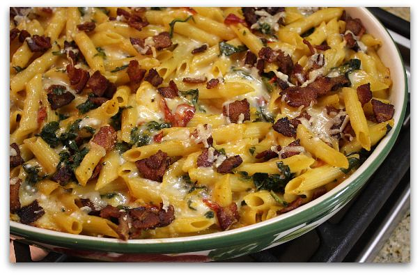 Baked Penne with Spinach, Roasted Peppers and Bacon | Recipe