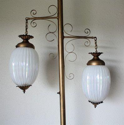 Vintage pole lamp opalescent globes mid century floor lamp for Retro globe floor lamp