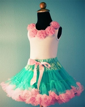 Gorgeous fluffy chiffon pettiskirt. Only $14.99 - these resale for five times that!