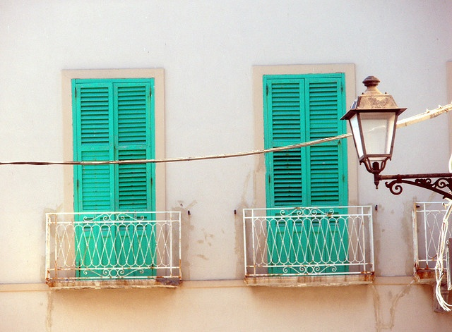 Green shutters, Sicily by Verity Borthwick, via Flickr
