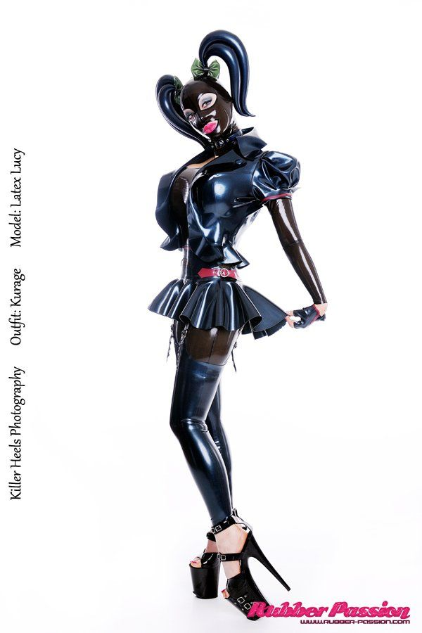 Famous bitchy girl Latex Lucy is the real queen of BDSM and latex № 959784  скачать