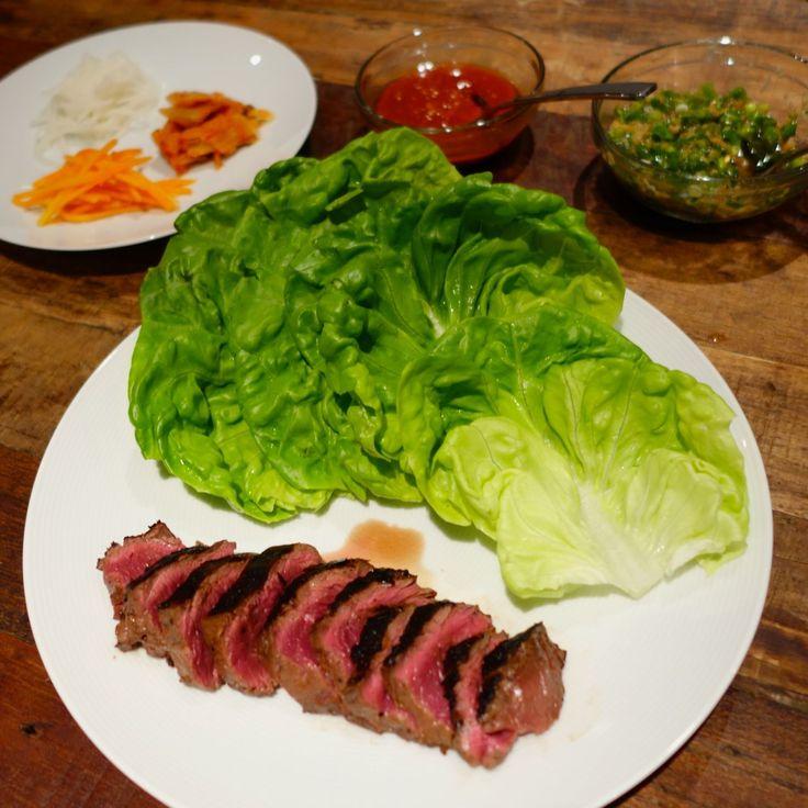 Momofuku-inspired Getaway marinated hanger steak ssäm with pickled ...