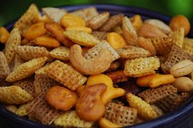 Everyday Insanity...: Holiday Snack Mix | Food. | Pinterest