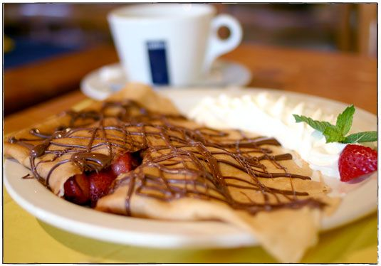berries czech crepes with berries and cream recipes dishmaps czech ...