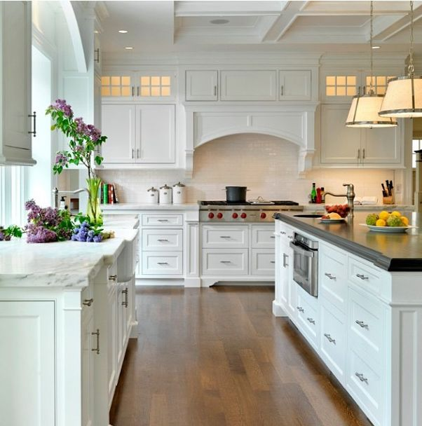Large kitchen to cook hot meals
