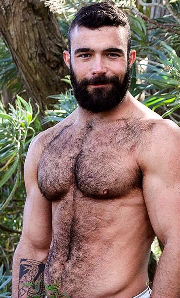 muscle Naked self hairy