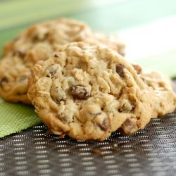 peanut butter chocolate chip oatmeal cookies - the perfect combination ...