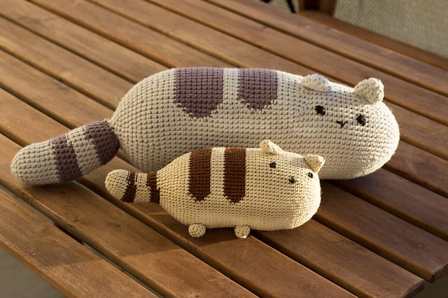 Pusheen Knitting Pattern : Pin by NL on Amigurumi / ?rochet Toys Pinterest
