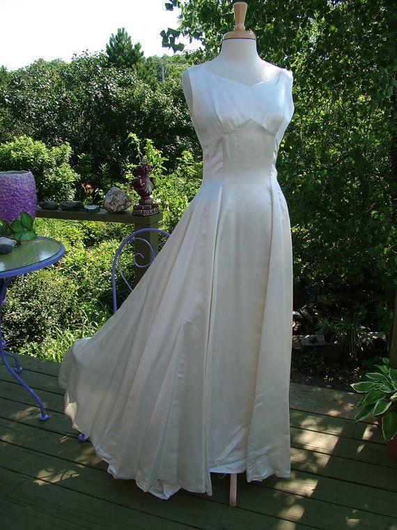 Vintage 1940s wedding dress slipper satin bridal gown for Slipper satin wedding dress
