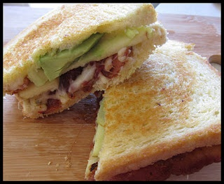 Pepper Jack Grill Cheese with Apples - these sandwiches were SO GOOD!