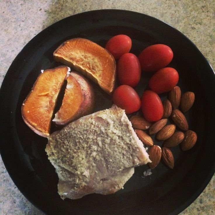 Baked pork loin, almonds, sweet potato and baby tomatoes. #nutrition