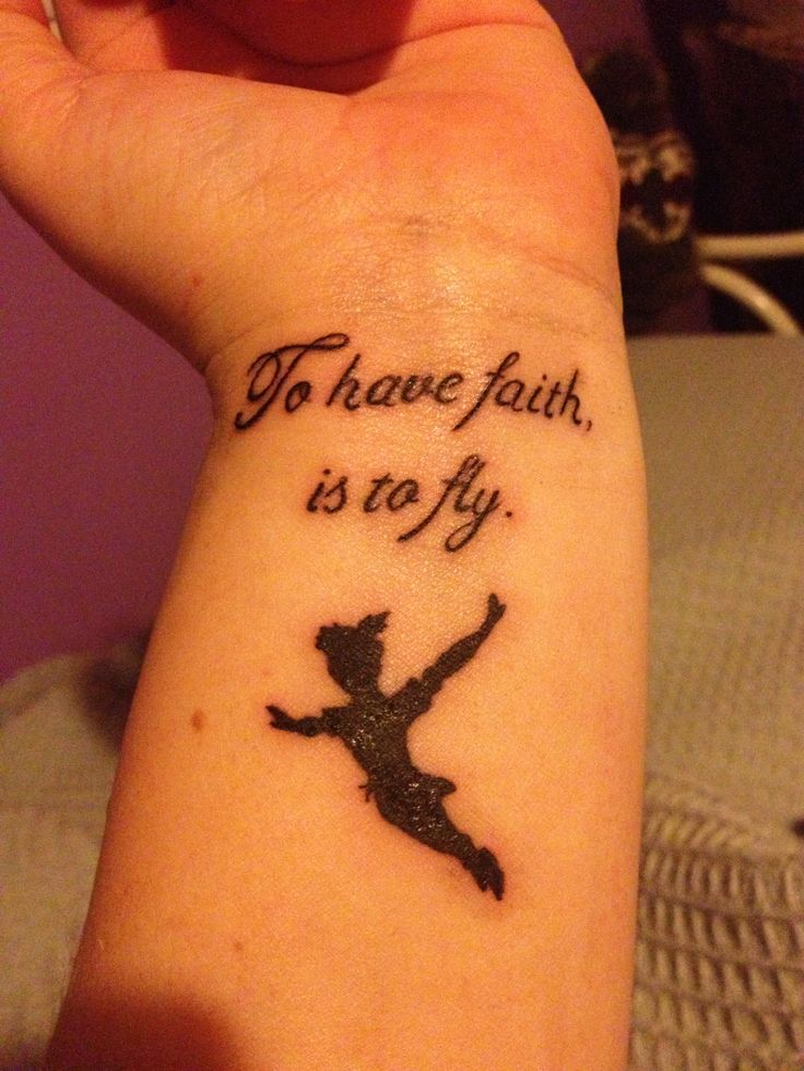 Peter Pan Flying To Ne...