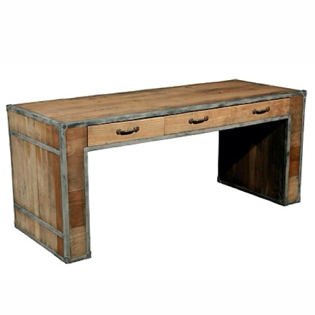 reclaimed wood desk | DIY projects to try | Pinterest