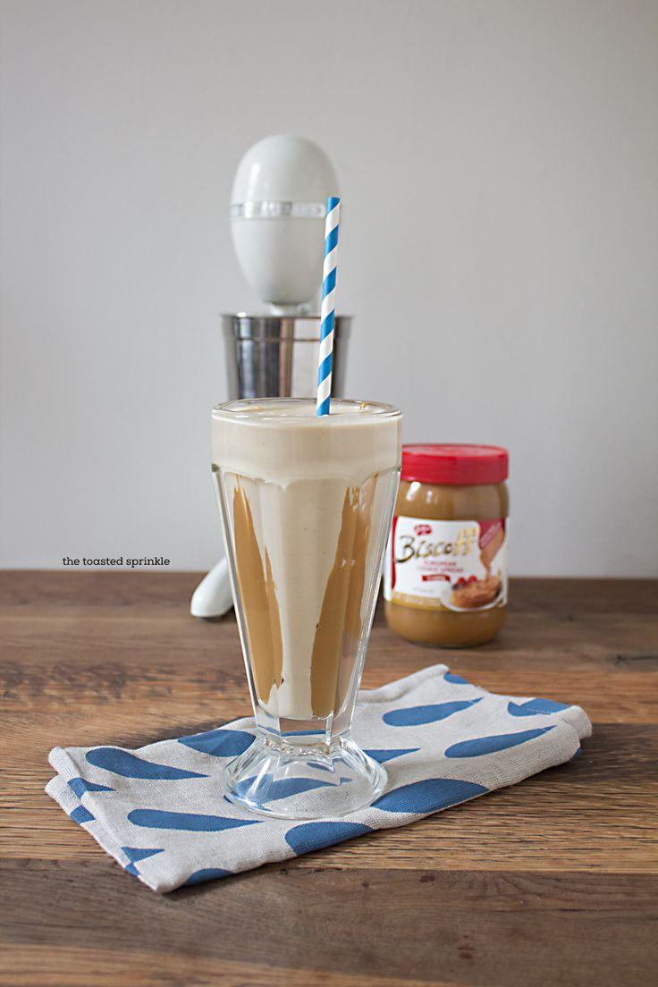 Diary-Free (Biscoff) Milkshake #vegan #dairyfree