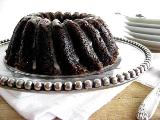 Gramercy Tavern Gingerbread Cake with Irish Whiskey Glaze