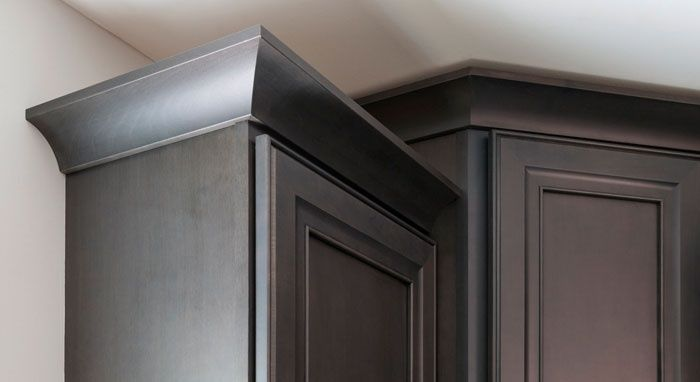Decor? Leyden door style in Maple with the Cobblestone finish We