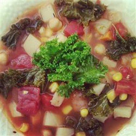 Vegetarian Kale Soup | ☯ A Vegan/Vegetarian Life ☯ | Pinterest