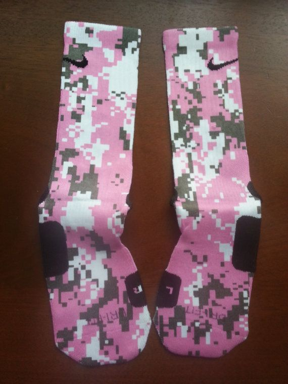 Elite SocksNike Elite Socks Camo Pink