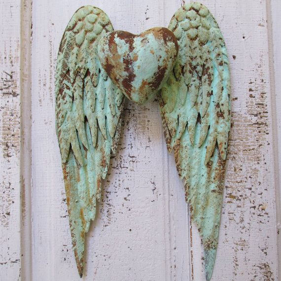 Angel wings wall decor with heart shabby chic rusty metal for Angel wings wall decoration