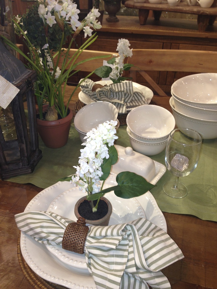 Country Style Table Setting Entertaining Table