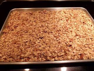 Homemade Cinnamon Coconut Granola   Recipes to try   Pinterest