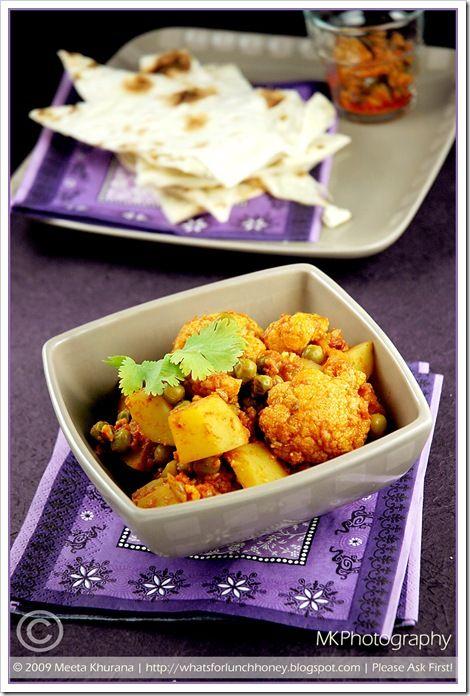 Punjabi Aloo Gobi – Spiced Cauliflower and Potatoes by Meeta, What's ...