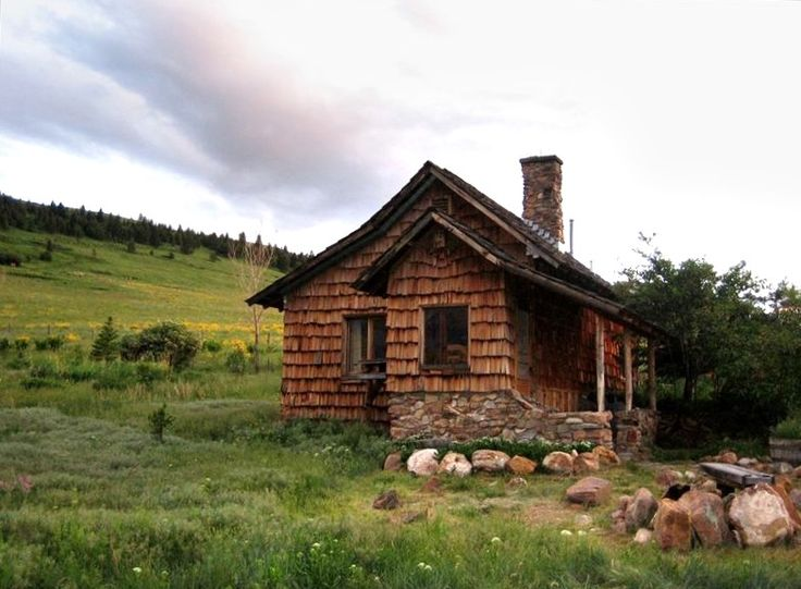 Pin by kelly g on my dream home rustic cozy country life Yellowstone log cabin hotel