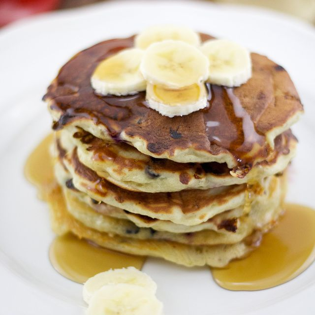 These greek yogurt pancakes have a nice creamy texture and a light ...