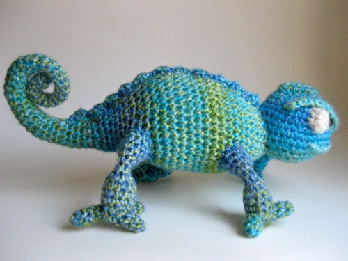 Crocheted chameleon! Crochet Pinterest
