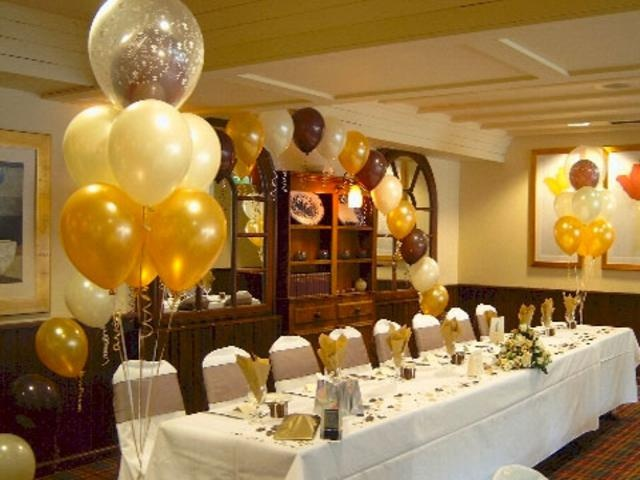 Brown decoration for formal rooms party