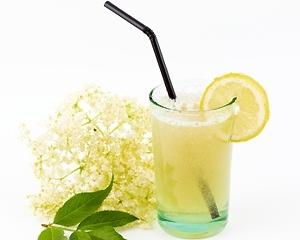 Elderflower cordial cocktail   Recipe