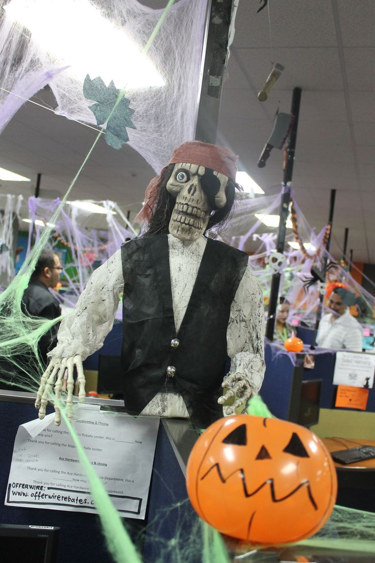 301 Moved Permanently ~ 111615_Halloween Decorating Ideas At Work