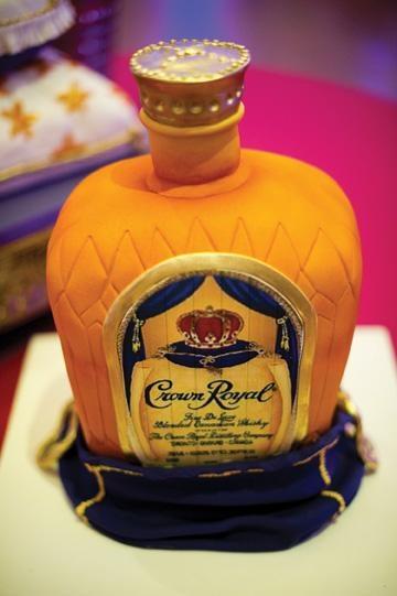 Cake With Crown Royal : Pin Crown Royal Cakes Cake on Pinterest