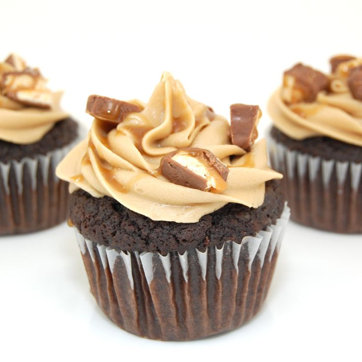 Snickers Cupcakes | Recipe
