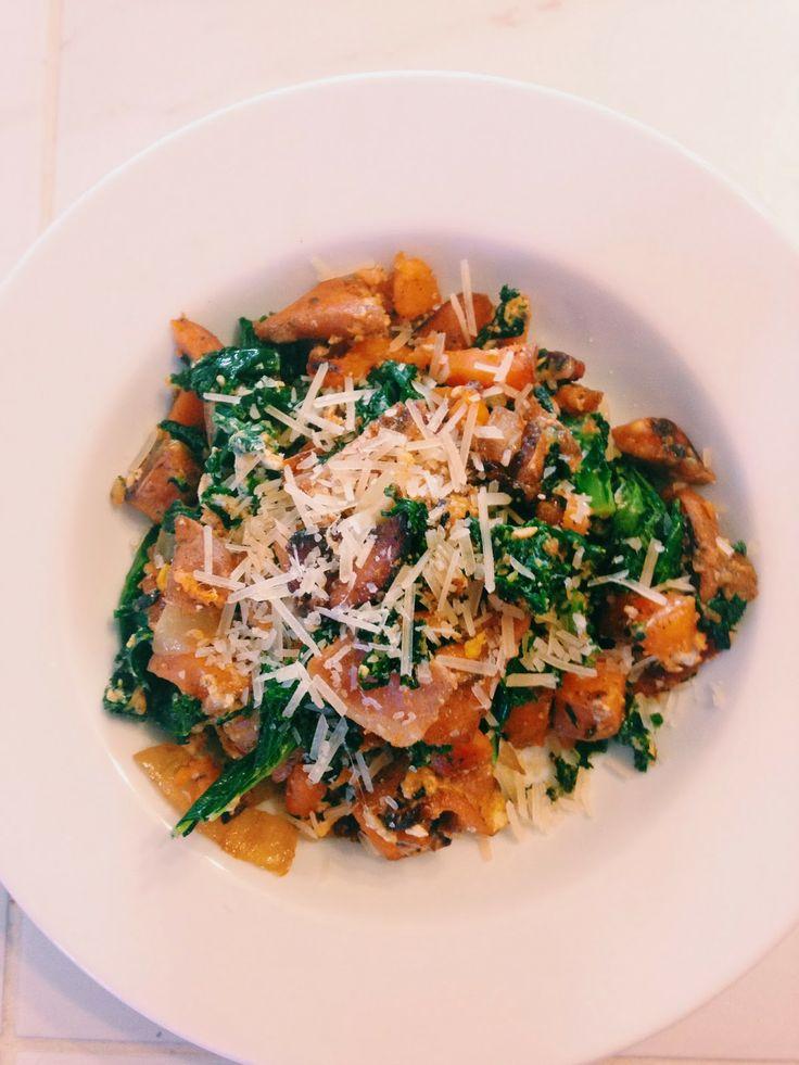 Kale, sweet potato, & bacon breakfast skillet // the sparkle kitchen
