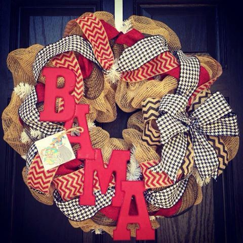 Alabama Burlap wreath // Crimson // Black // White // Houndstooth // Chevron