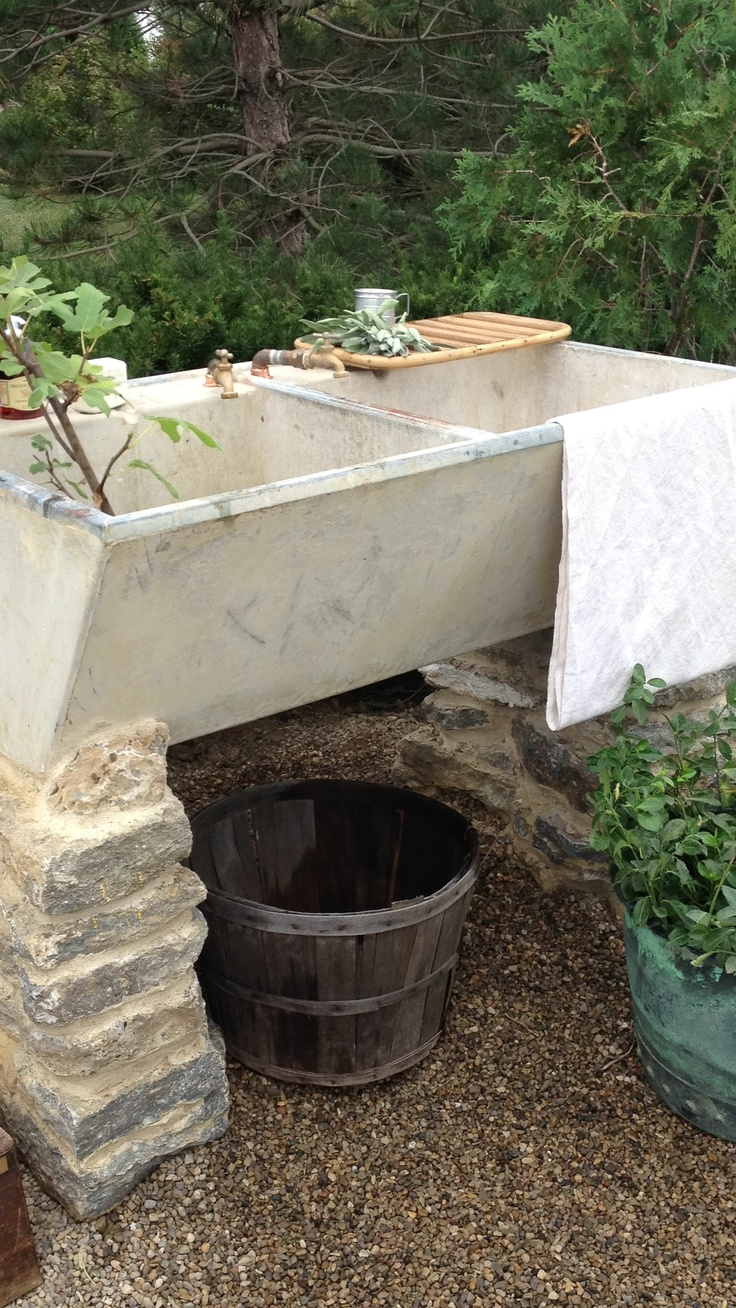 Outdoor Laundry Sink : Outdoor Garden Sink What a great outdoor garden sink. via heather ...