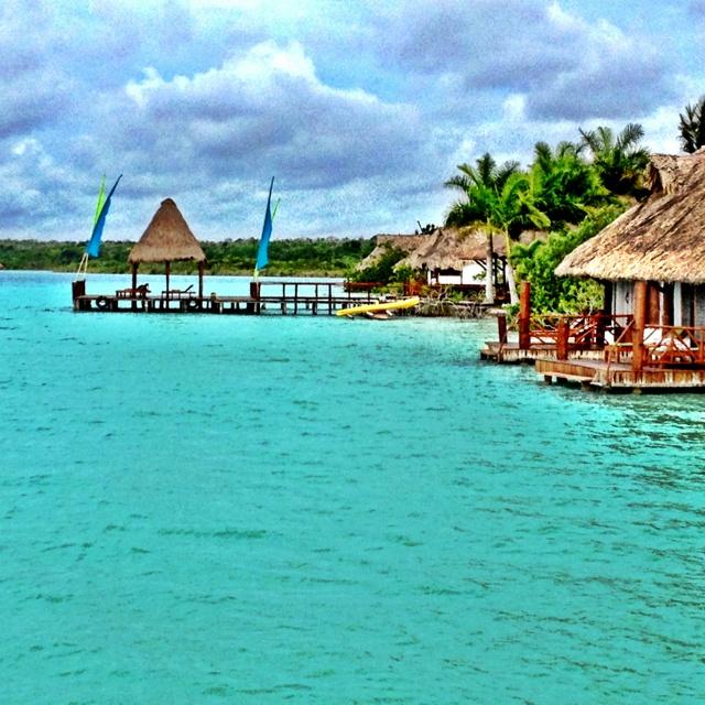 Bacalar lagoon honeymoon places i 39 ve been pinterest for Hotel luxury en bacalar