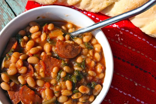 Slow Cooker Kielabsa and White Bean Stew with Tomatoes and Spinach