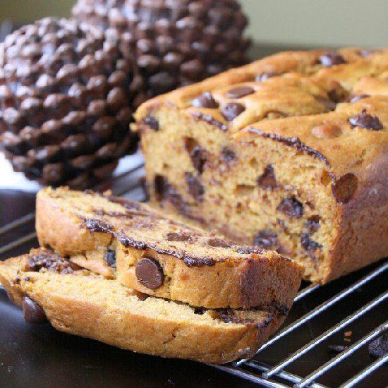 pumpkin bread made with greek yogurt and dark chocolate chips. Pumpkin ...