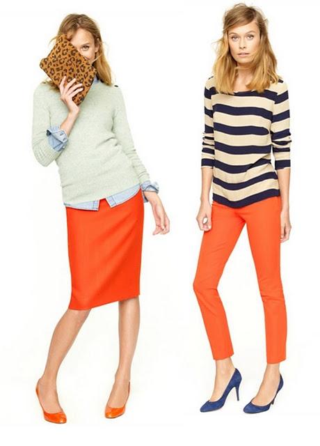 オレンジ色服の着こなしコーディネート