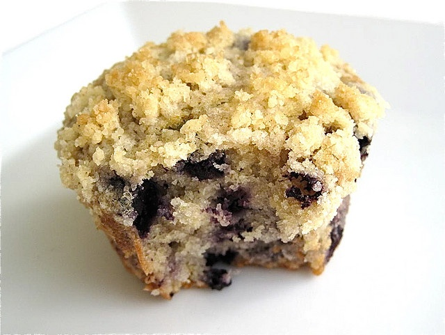 breakfast, blueberry crumb muffins | summer lovin | Pinterest