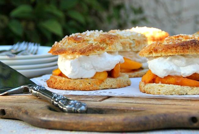 Peach Shortcake with Whisky Brown Sugar | dessert | Pinterest