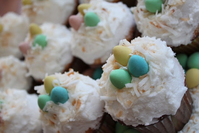 Coconut Nest Cupcakes | Eat | Pinterest